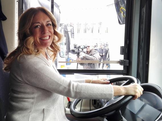 Lilli Lauro autista di bus