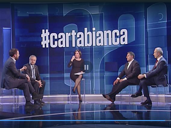 Toti: Berlusconi e' paziente e riflessivo